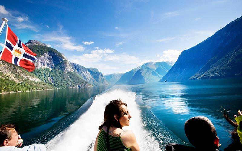 crucero-fiordo-de-los-suenos-noruega