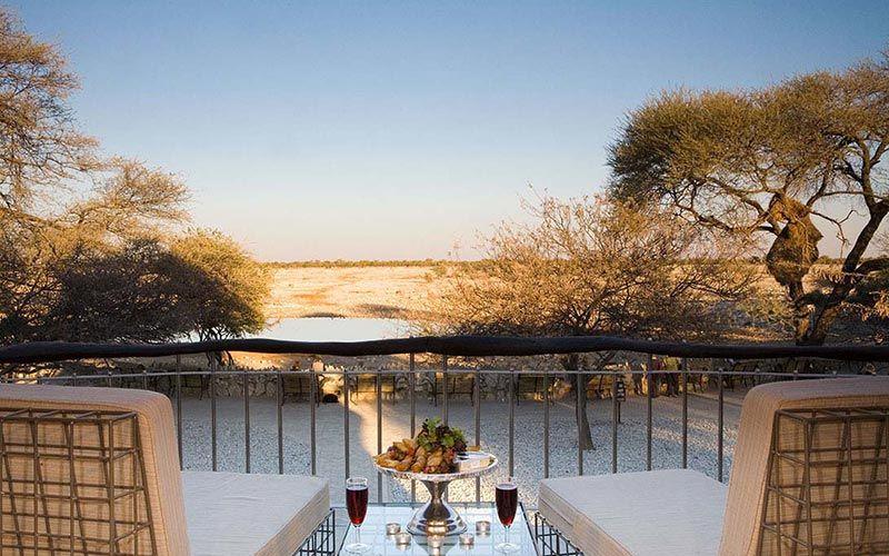 lodge-okakuejo-etosha-namibia