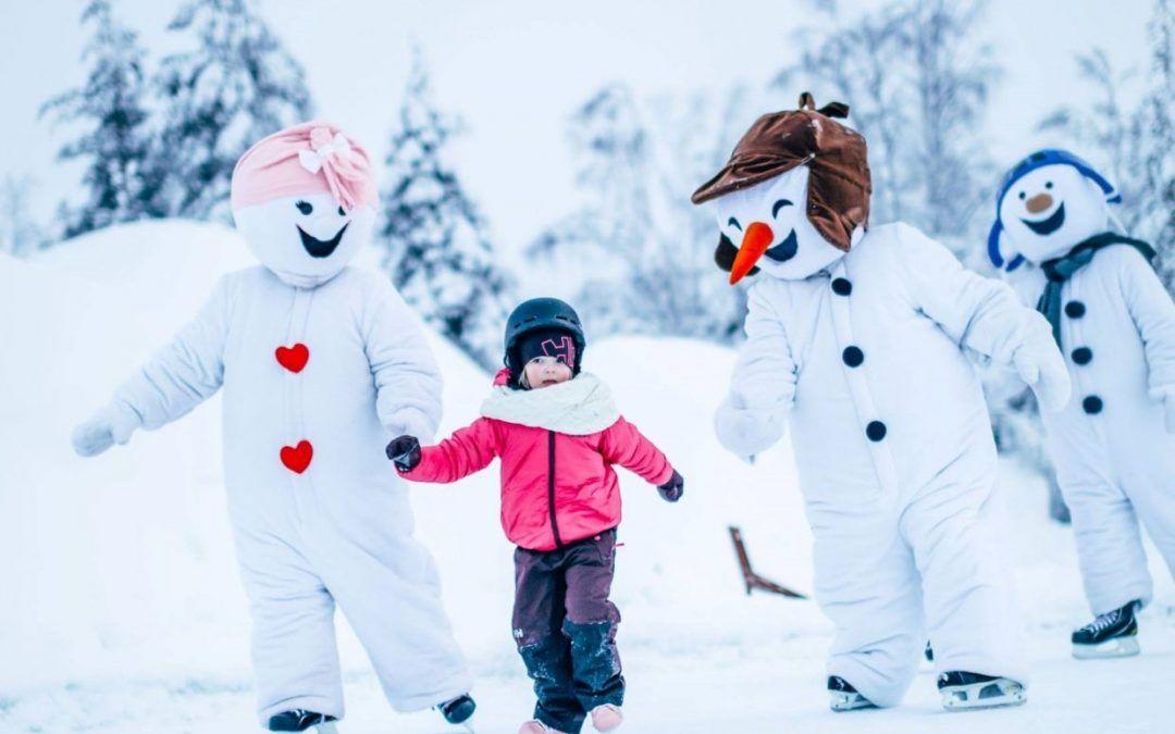 Snowman World Rovaniemi y los muñecos de nieve