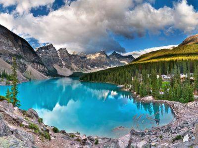viaje-canada-lago-moraine-en-verano