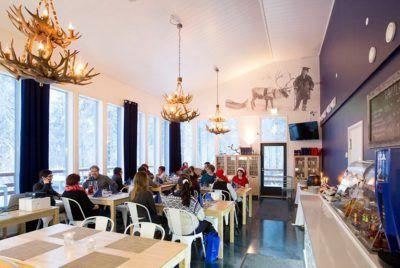 ensilumi-ravintola-snowman-world-santa-claus-village