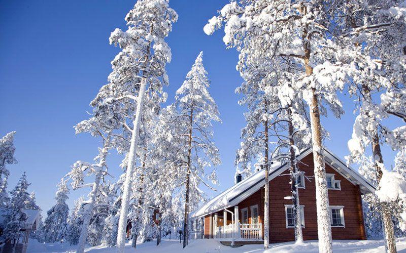cabana-moderna-totalmente-equipada-en-entorno-nevado-laponia