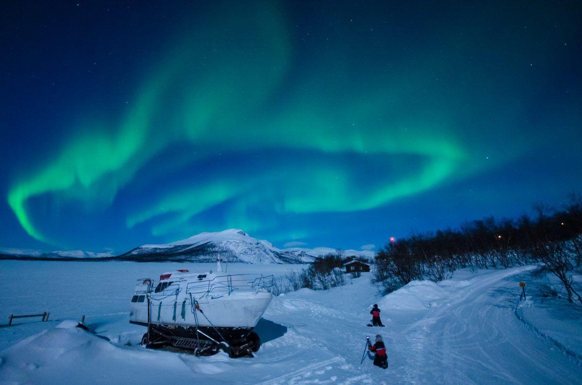 Ver Auroras en las montañas de Kilpisjärvi en Laponia