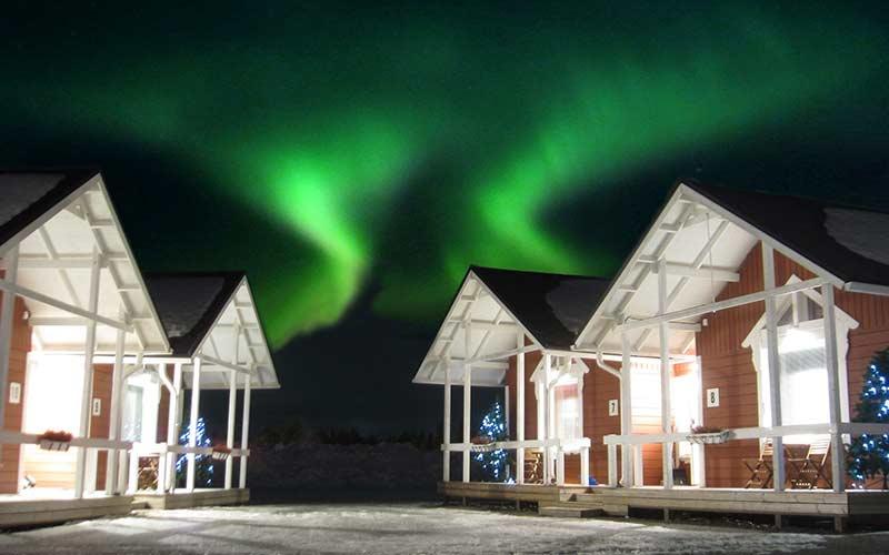 auroras-boreales-cabanas-santa-claus-village
