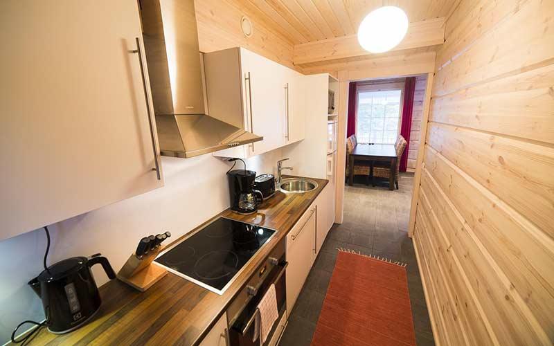 cabana-totalmente-equipada-cocina-bosque-ounasvaara