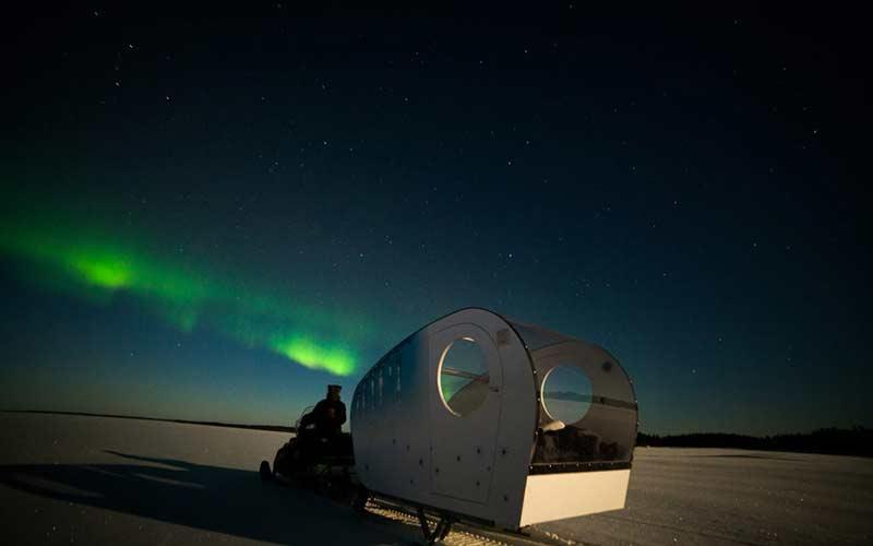 cena-romantica-estrellas-lago-helado-inari-laponia
