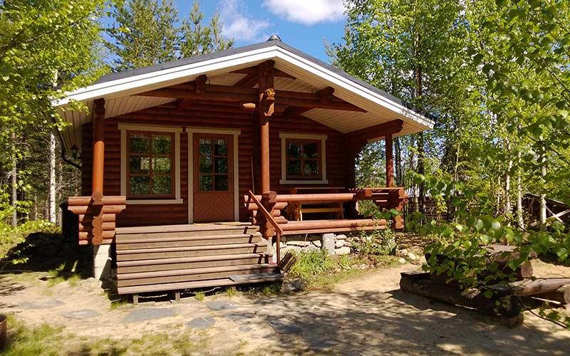 cabana-madera-verano-finlandia