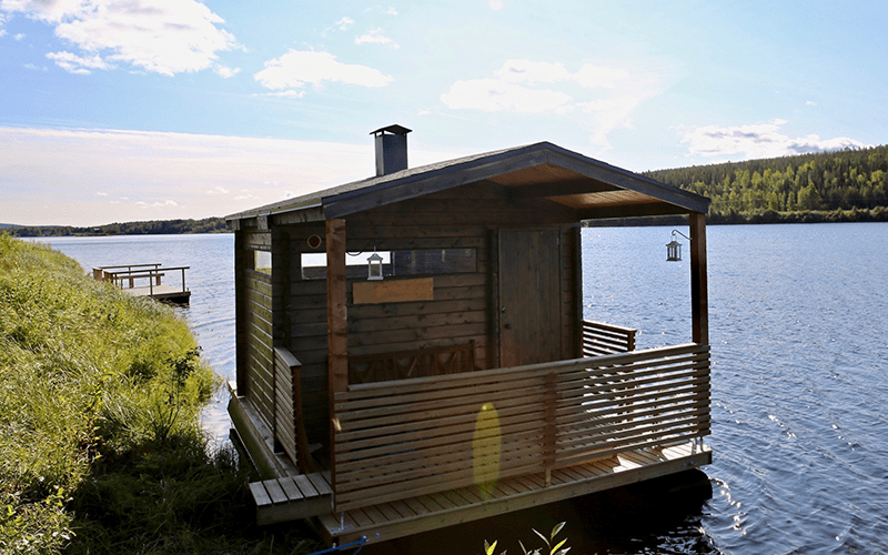 sauna-flotante-verano-rovaniemi-finlandia