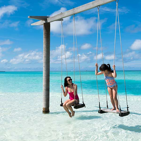 We create tailor-made holidays to Maldives with kids