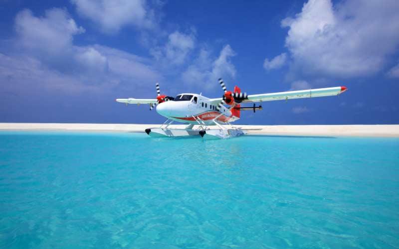 sobrevolar-maldivas-hidroavion-luna-de-miel