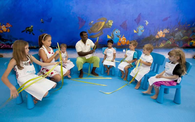 actividades-kids-club-hotel-maldivas-con-ninos