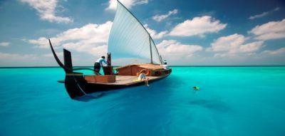 barco-dhoni-experiencias-maldivas-novios