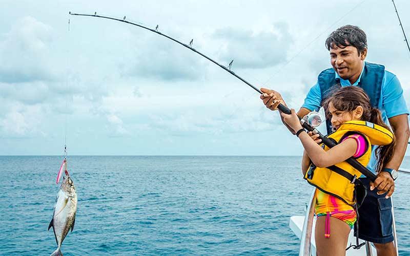 pesca-maldivas-viaje-con-ninos