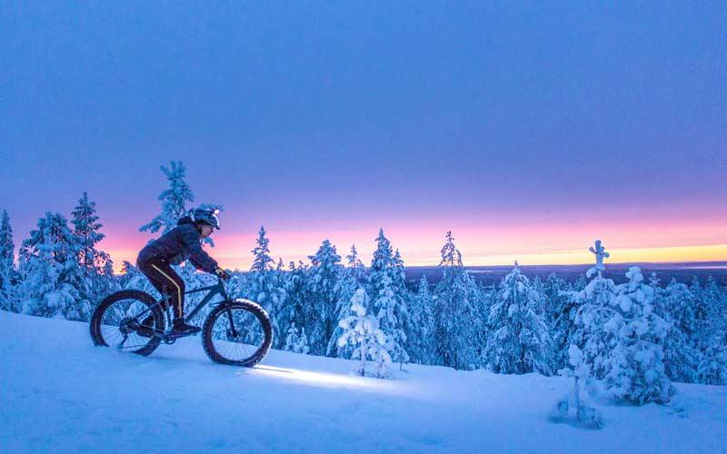 bicicleta-fatbike-laponia-sueca-viajes-a-medida