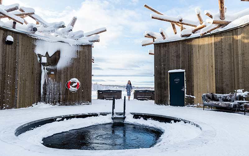 spa-y-sauna-artica-en-exclusivo-alojamiento-en-laponia-sueca